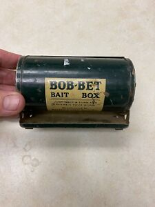 Vintage 1940's Fishing  BOB-BET BAIT BOX - Metal Belt Box Can Carry Worms