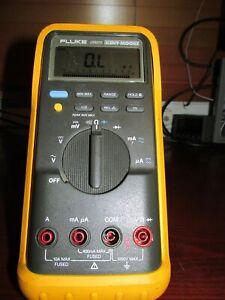 Fluke 87 True RMS Digital Multimeter **PASSES Fluke Performance Verification**