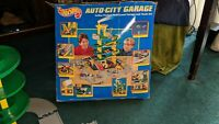 Hot Wheels AUTO CITY GARAGE Play Set 1995 Mattel Vintage Hotwheels with Box