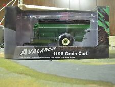 1/64 SpecCast Green Brent Avalanche 1196 Grain Cart w/ Floater Tires