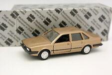 Conrad 1/43 - VW Santana Beige metallo