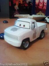 Disney Pixar Cars Piston Cup Apple Pickup Truck 2546 EAA Maßstab 1:55 Metall