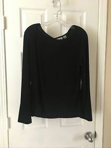 Chicos Travelers Size 3 Beautiful black pull over long sleeve Round neck Top