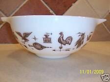 Pyrex Early American Cinderella 2 1/2 qt mixing bowl