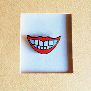 HAPPY SMILE GRIN TEETH RED LIPS Cloisonné LAPEL PIN Dentist Dental Joy - MINT