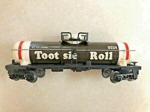 Lionel Tootsie Roll Tank Car 6-9324- ORIGINAL bOX