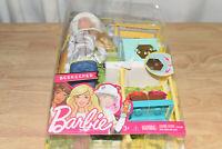 Barbie Careers Beekeeper Doll and Beehive Playset, Blonde Hair