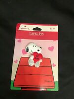 VINTAGE HALLMARK BE MINE HEART SNOOPY VALENTINE'S LAPEL PIN NOC