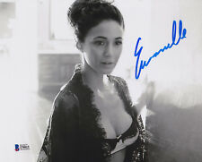Emmanuelle Chriqui Autographed 8x10 Photo Signed - Beckett BAS Witnessed 15