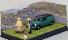 "IXO pour ALTAYA Collection RN 7: N°62 - MORRIS Mini Van + diorama ""L'apiculteur"""