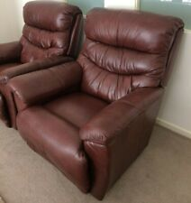 2 x La-Z-Boy Reclina-Way leather recliners in excellent condition