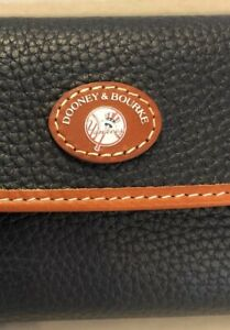 Dooney & Bourke MLB Yankees Leather Wallet NYY, Navy Leather, NWT Sold Out Item