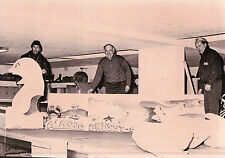 FOTO PREPARAZIONE CARRI CARNEVALE ALASSIO - GRUSST -  1970ca -  (C8-174)