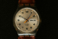 SWATCH AG2005 UNISEX WATCH OLIVE GREEN CREAM & BLACK FACE LEATHER STRAP A BEAUTY