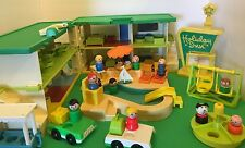 Vintage Fisher Price Little People Holiday Inn 45 piece lot