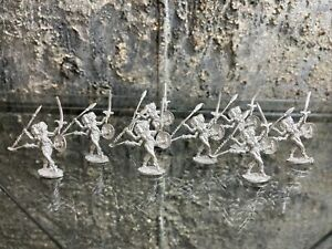 Lot Of 8 Miniatures Dungeons And Dragons TSR Metal Vintage (Lot B) D&D AD&D