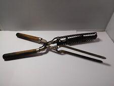 Outils ancien de coiffure - fer à cheveux