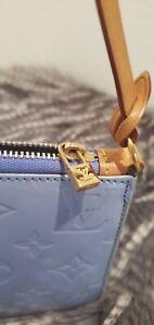 LOUIS VUITTON Authentic baby blue Vernis Lexington Pochette authentic bag purse
