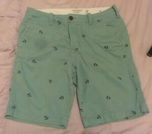 Abercrombie and Fitch shorts 32 inch waist - light blue w/ nautical anchors