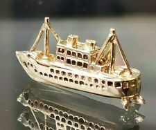 Fishing Trawler boat Vintage Charm Hallmark 9ct gold c1959 London. Free P&P #cA