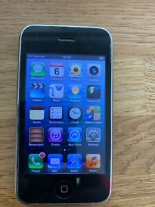 Apple iPhone 3GS 16GB White (O2) A1303