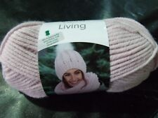 grundl Living Super Chunky Yarn with free pattern Shade 02