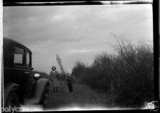 Portrait famille + voiture ancienne Citroën Rosalie Négatif photo ancien