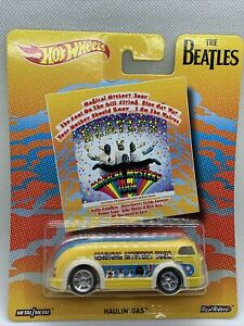 HOT WHEELS  REAL RIDERS THE BEATLES  MAGICAL MYSTERY TOUR  HAULIN' GAS