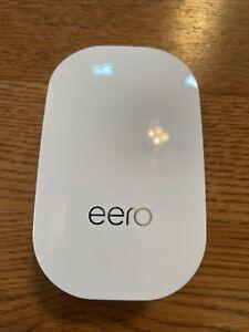 eero Beacon Mesh WiFi Range Extender D010001 2nd Generation MINT Flawless A+