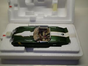 1/24 1965 Chevrolet Corvette Convertible - Canyon Racer ( Danbury Mint )