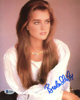 BROOKE SHIELDS SIGNED AUTOGRAPHED 8x10 PHOTO FULL SIGNATURE YOUNG BECKETT BAS