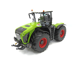 Wiking Claas Xerion 4500 Wheel Drive Tractor 1:32 Scale Model 077853 02573040