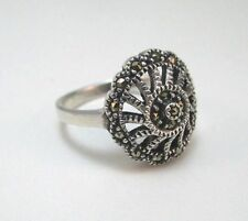 STERLING SILVER ETCHED VINTAGE STYLE MARCASITE RING SIZE 7.5   ****