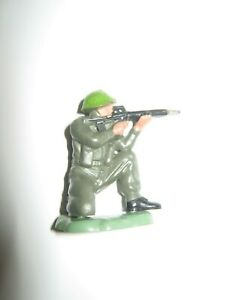 Britains herald infantry 70's Hong Kong sitting shooter pose excellent cond no 1
