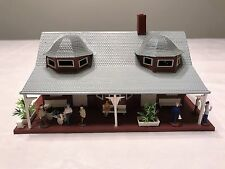 TYCO PLASTIC PASSENGER TRAIN STATION BUILDING N GAUGE