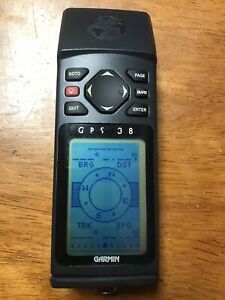 Garmin GPS 38 Receiver Personal Navigator Hiking Biking Geocaching Hunting