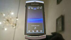 Sony Ericsson Vivaz U5i-Moon Silver Mobile Phone