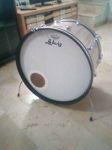 "Ludwig bass drum 22"""