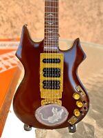 Jerry Garcia / Grateful Dead - Exclusive Mini Guitars / 1:4 Scale