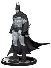 DC COMICS BLACK & WHITE BATMAN ARKHAM ASYLUM STATUE (2011)  (FACTORY SEALED)