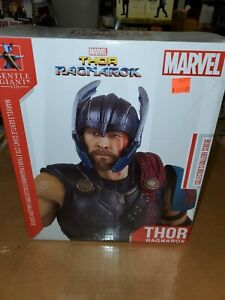 Thor Marvel Collector's Gallery Thor Ragnarok 1/8-Scale Gentle Giant Statue