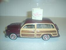 New ListingFranklin Mint 1949 Ford Woody Wagon 1:24 Diecast