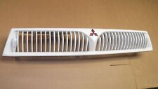 ★★1999-01 MITSUBISHI GALANT OEM FRONT END GRILLE-WHITE WITH EMBLEM GRILL★