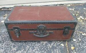 Vintage SHWAYDER TRUNK CO Brown footlocker storage table wood & metal
