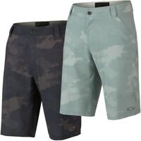 Oakley Men's Scotts Camo Golf Shorts