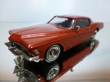 WESTERN MODELS BUICK RIVIERZ - RED METALLIC 1:43 - EXCELLENT CONDITION - 6