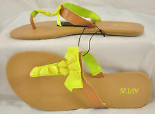 NWB! WOMEN'S APT 9 YELLOW SANDALS SIZE MED 7-8 MSRP $20 COMFORTABLE STYLISH