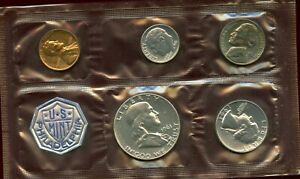 """UNITED STATES OFFICIAL 1961 DATED SILVER """"PROOF SET"""""""