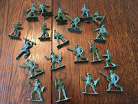 """Lot of Plastic Greenbrier International Toy Soldiers 2"""" Military Army Men 20 Pcs"""
