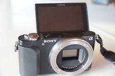 Sony NEX-3N Systemkamera (16,1 Megapixel, 7,5 cm (3 Zoll) LCD-Display, Body